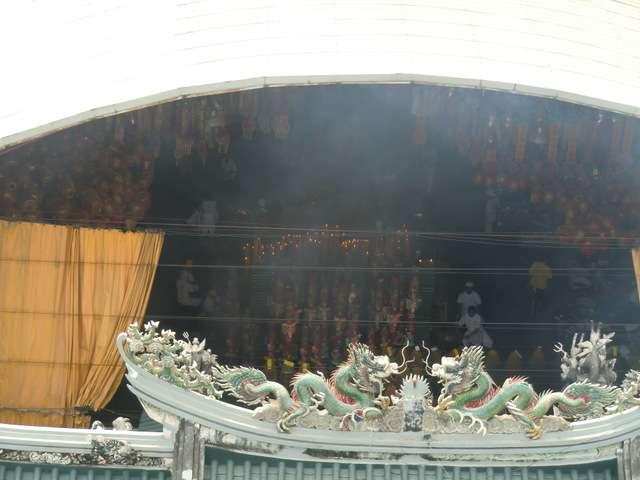 Rauch aus dem chinesischen Tempel